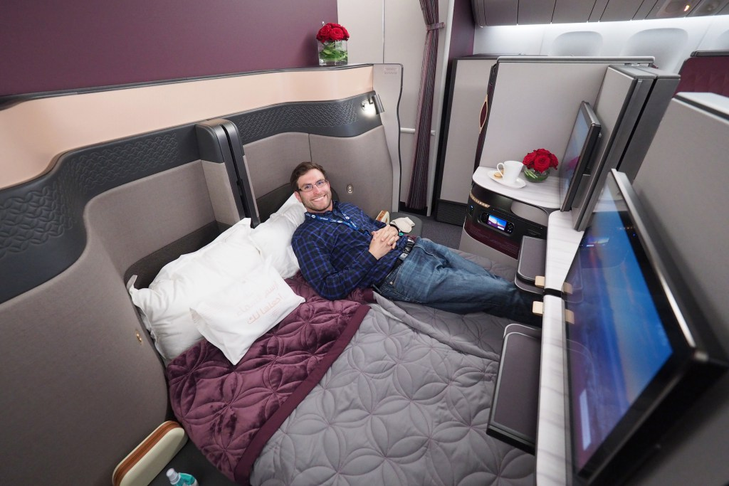 Qatar Airways Introduces World S First Double Bed On Flight